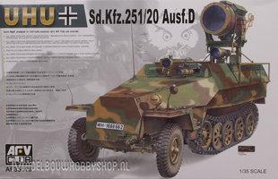 AFV Sd.Kfz.251/20 Ausf.D UHU 1:35