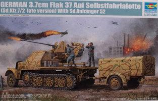 Trumpeter Plastic Modelbouw German 3.7cm Flak37 Sd.Kfz.7/2 late version Auf Selbstfahrlafette With Sd.Anhanger 52