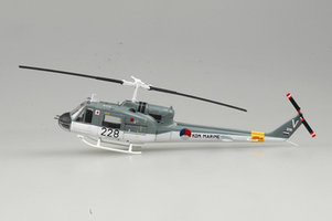 Easy Model UH-1F Huey t1:72