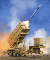 Trumpeter US M901 Launching Station w/MIM-104F Patriot SAM System PAC-3 1:35