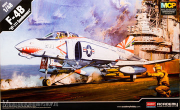 Academy F-4B VF-111 Sundowners 1:48
